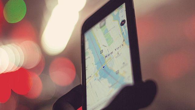 海外旅行で役立つ厳選アプリとは?無料のオフライン対応型がおすすめ!
