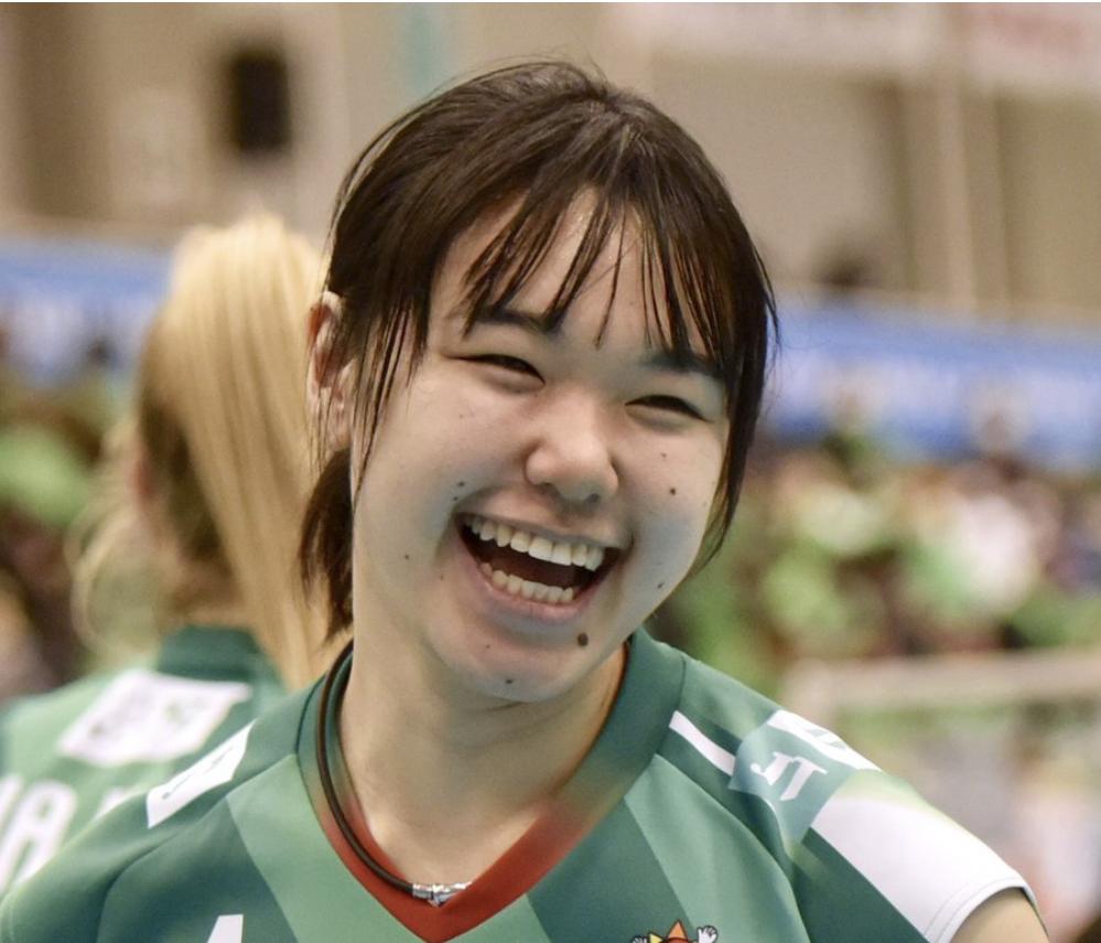 芥川愛加さんの中学高校大学、経歴が凄い!母や父兄弟もバレー経験者だった?についてのまとめ